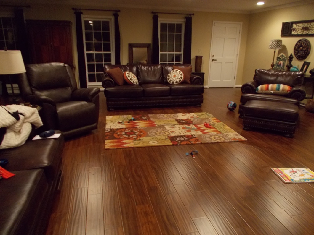 Update Your Home or Office With Laminate or Hardwood Flooring